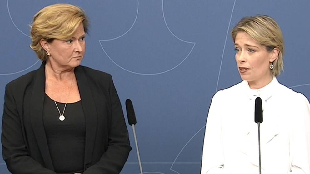 Maria Hemström-Hemmingsson (till vänster) tar över som tillförordnad generaldirektör.