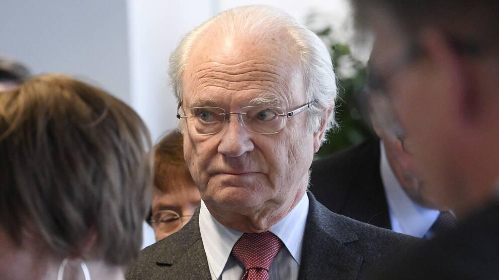 Kung Carl XVI Gustaf anländer till startup-huset Minc i Malmö i slutet av november 2017.