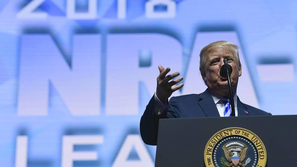 President Donald Trump talar inför NRA:s årsmöte i Dallas.