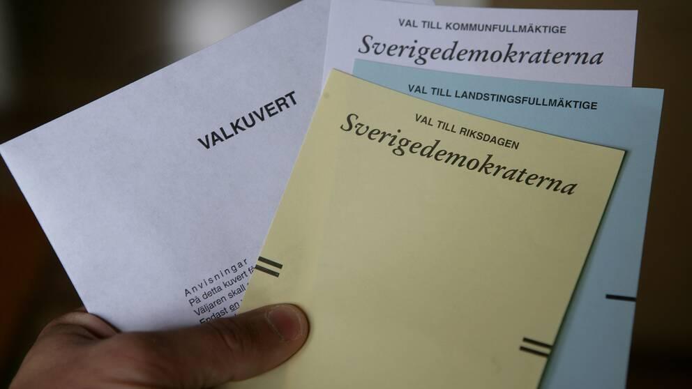 Valsedlar för Sverigedemokraterna.