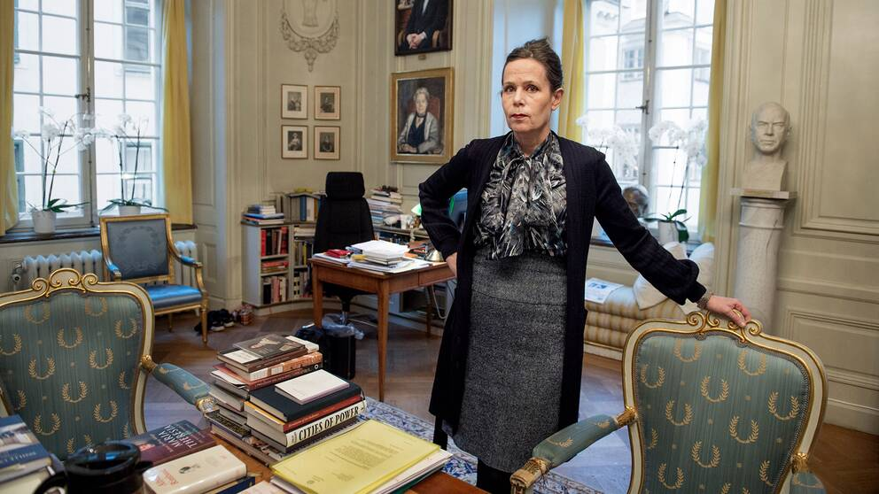 Sara Danius (eller Gittan?) i Svenska Akademiens lokaler.