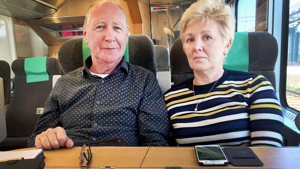 Andrew och Elena McDonald bor i Malaga i Spanien och var i Sverige för att hälsa på vänner i Askersund, när de fastnade i tågkaoset.