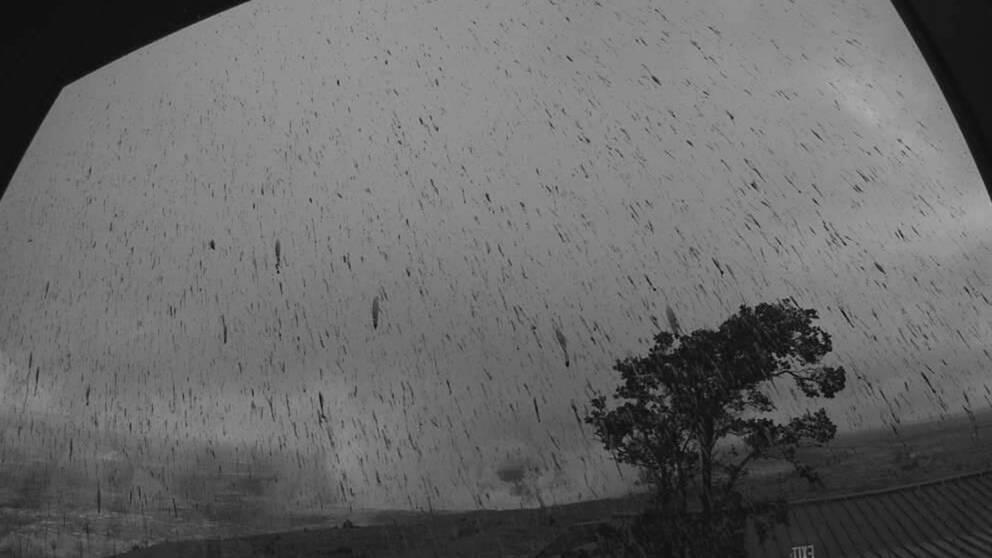 Bild från USA:s geologiska myndighet som visar aska från utbrottet.
