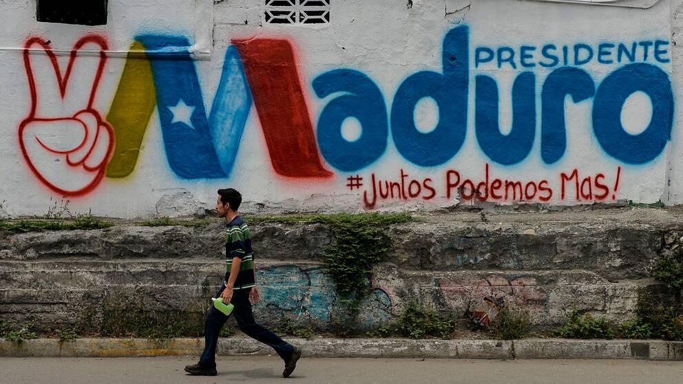 Graffiti i Barquisimeto i stöd till den sittande presidenten i Venezuela, Nicolas Maduro.