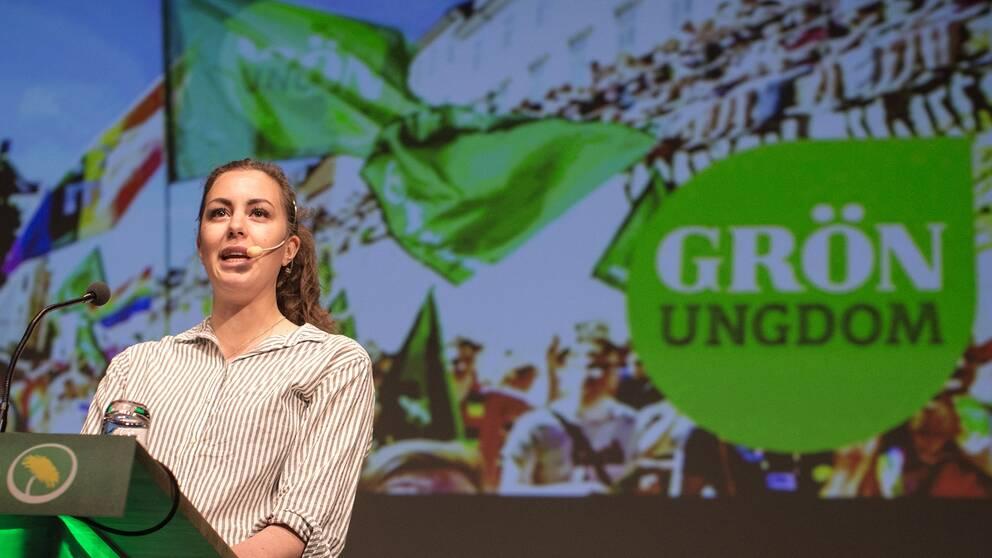 Hanna Lidström, språkrör för Grön Ungdom, tala under Miljöpartiets kongress i maj förra året.
