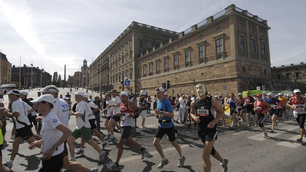 Det ser ut att bli riktigt varmt under årets Stockholm marathon, där 20000 personer föranmält sig till den 4,2 mil långa springturen.
