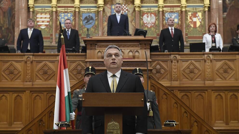 Victor Orbán svärs in som Ungerns premiärminister i maj 2018.