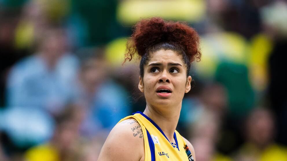Arkiv: Amanda Zahui i det svenska landslaget