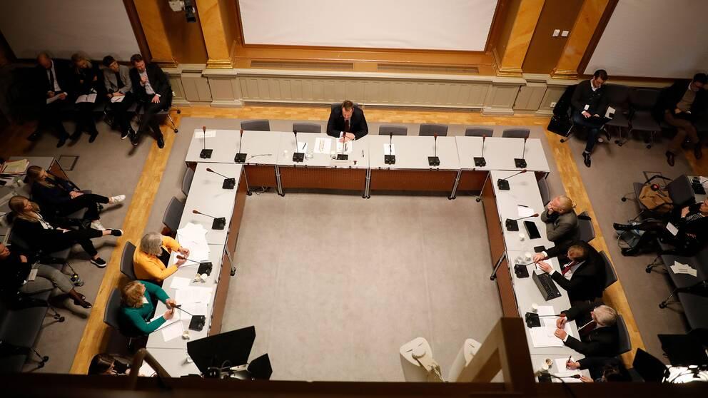 Konstitutionsutskottet håller utfrågningar med före detta inrikesminister Anders Ygeman i Skandiasalen i riksdagen med anledning av Transportstyrelsens it-upphandling, i april 2018.