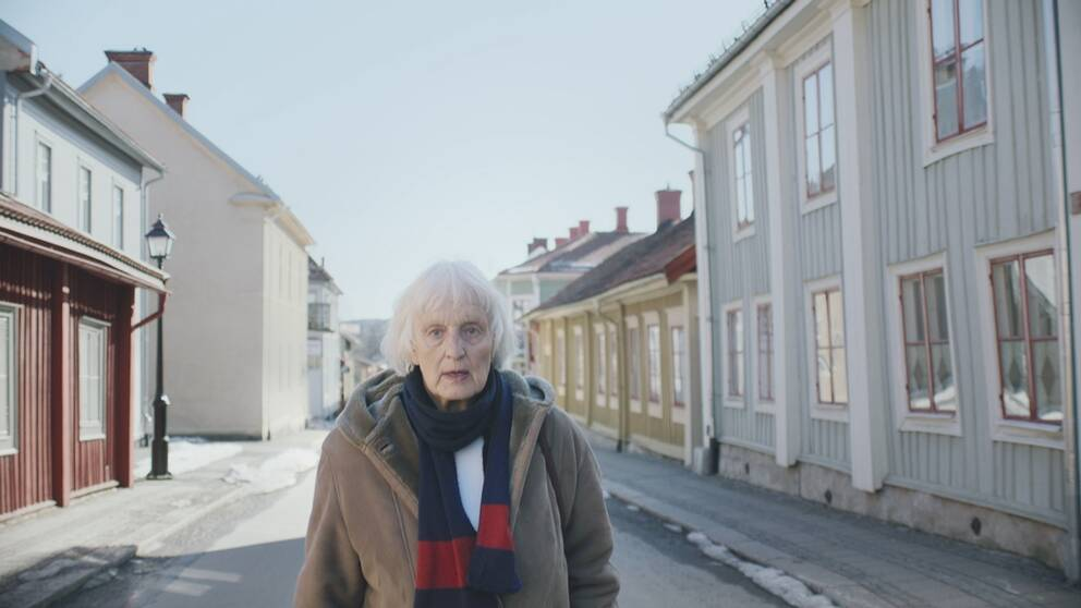 Sabine Engström på en gata.