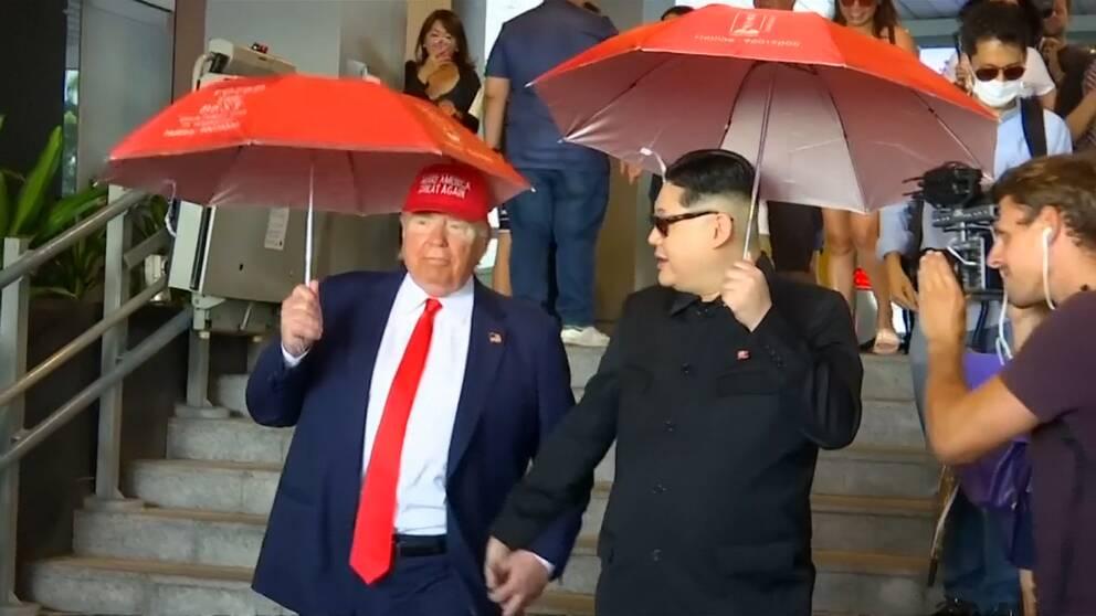 Två imitatörer har klätt ut sig till Donald Trump och Kim Jong-Un