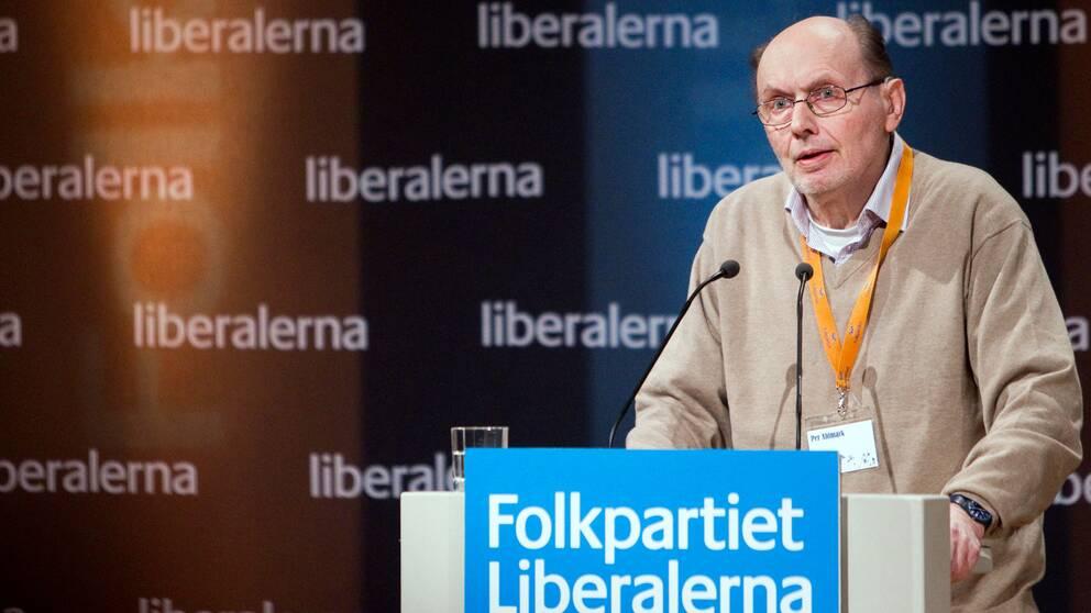 Per Ahlmark håller tal på Liberalernas, dåvarande Folkpartiets, riksmöte i Västerås 2012.