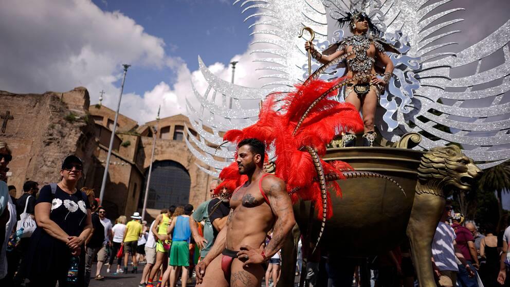 Tusentals människor samlades i paraden i Rom, Italien.