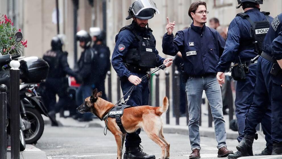 Stort polispådrag i centrala Paris i samband med gisslandramat