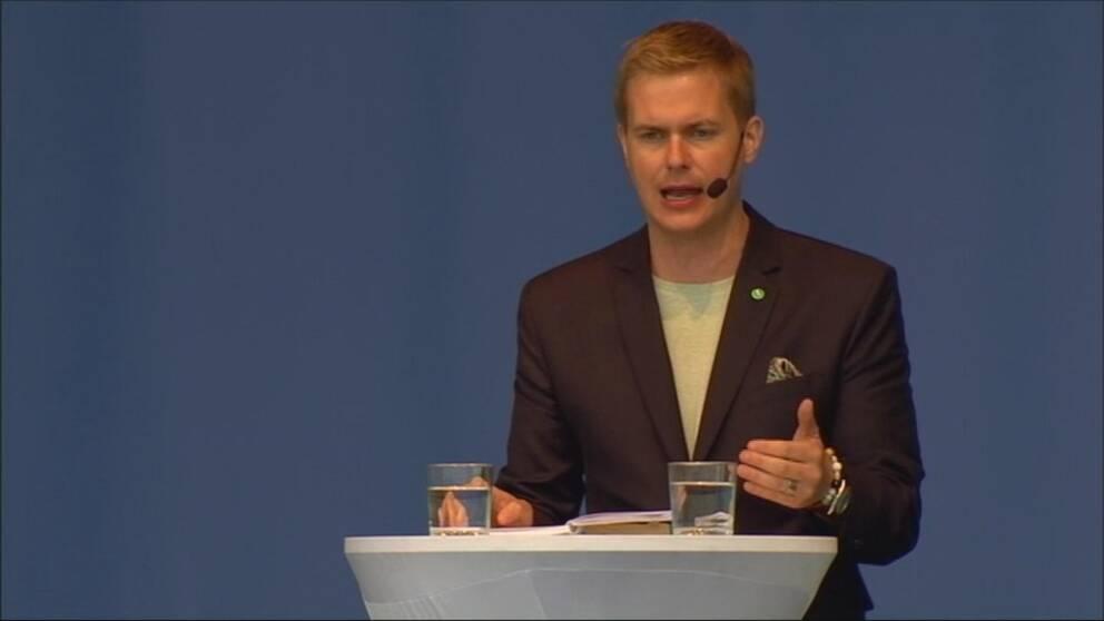 Gustav Fridolin (MP) på Järvaveckan.