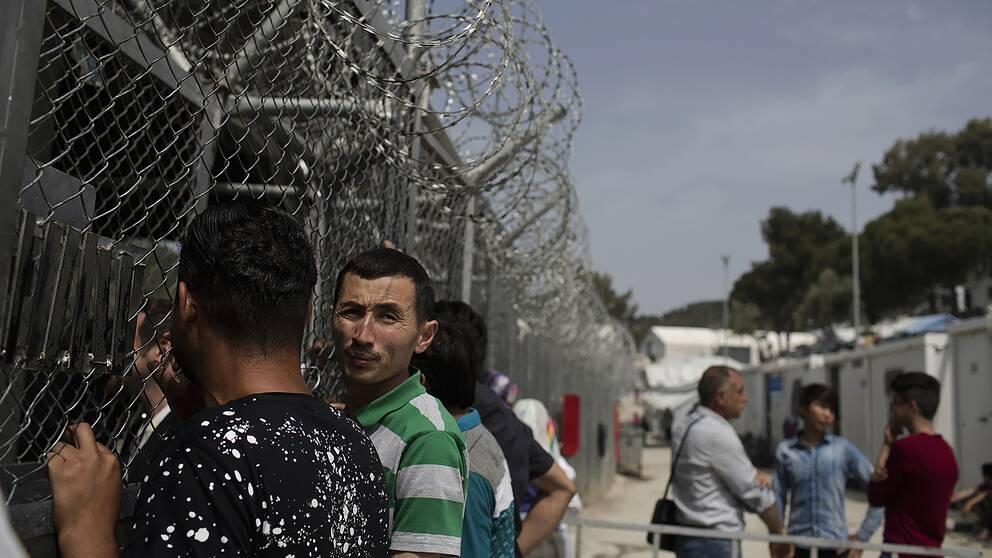 Flyktingar och migranter i lägret Moria på den grekiska ön Lesbos. Bild från 4 maj 2018.