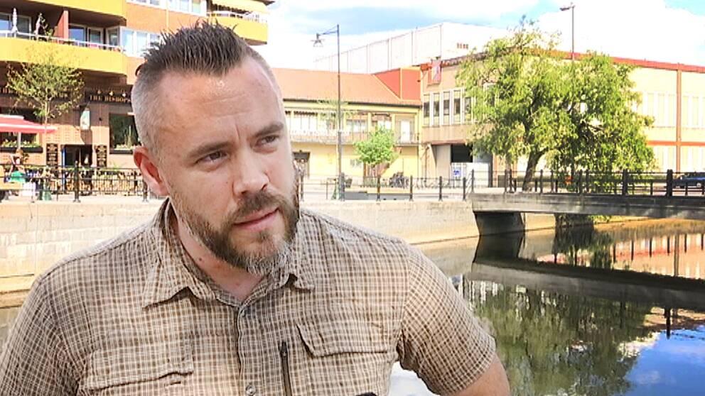 Johan Storm berättar för SVT Nyheter om sitt beslut att efter nio år som polis lämna sitt yrke