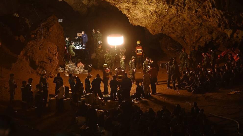 Sökningen efter försvunna barnen i Thailand fortsätter