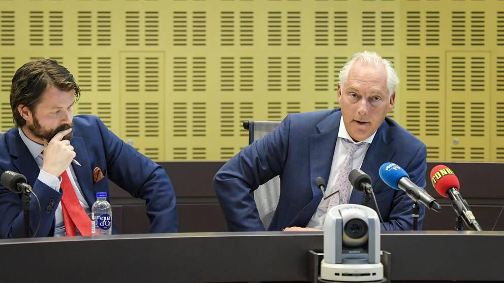 Akilovs båda advokater Johan Eriksson och Robin Söder överklagar också sina arvoden.