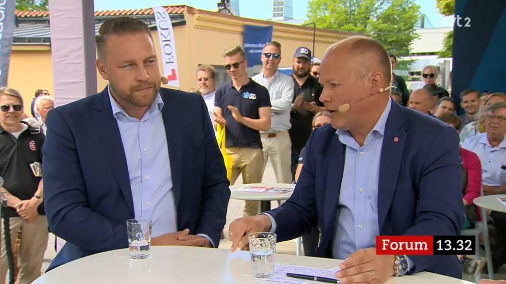 Debatt om åtgärder mot kriminaliteten mellan Mattias Karlsson (SD) och justitieminister Morgan Johansson (S).
