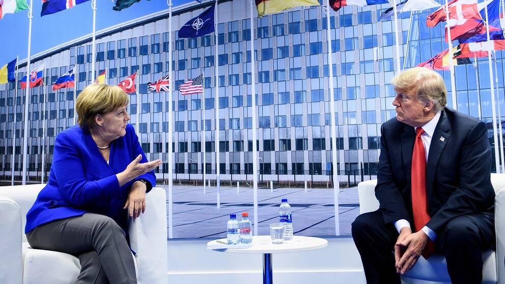 Angela Merkel och Donald Trump träffades redan på onsdagen. I dag håller Nato-länderna ett extrainsatt möte.