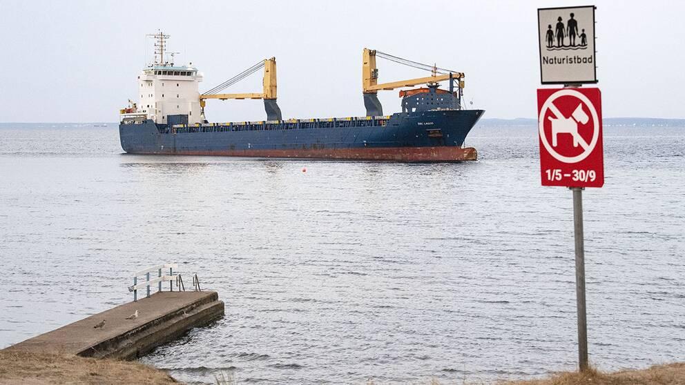 Transportstyrelsen har hittat flera brister i säkerheten ombord på fartyget BBC Lagos.