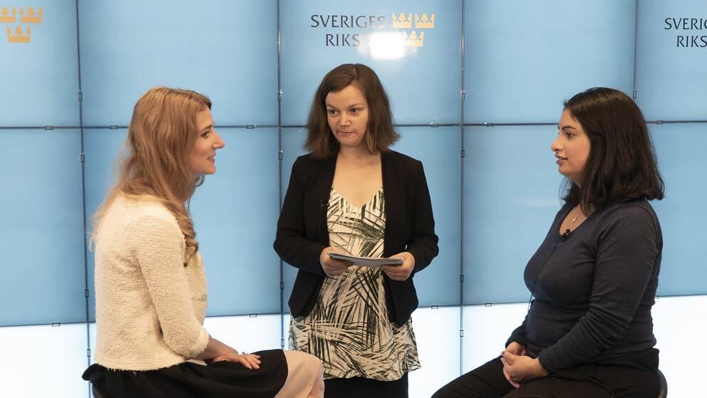 Bostadsdebatt mellan Caroline Szyber (KD) ordförande i Civilutskottet och Nooshi Dadgostar (V) ledamot Civilutskottet.