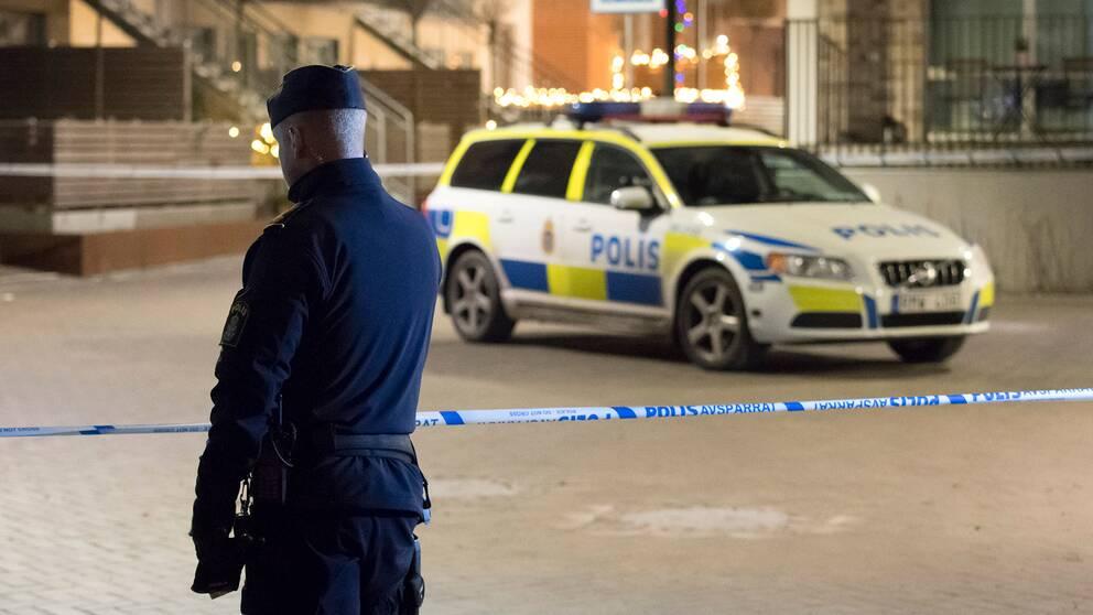 """""""Lag och ordning, gängkriminalitet och skjutningar har dominerat den politiska debatten"""", säger professor Tommy Möller."""