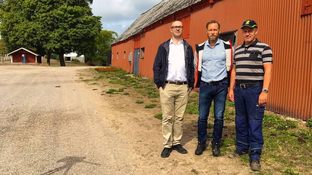 Forskaren Pietro Campana, Mattias Holmquist, biosfärsamordnare på Blekinge Arkipelag och lantbrukaren Ulf Ivarsson.