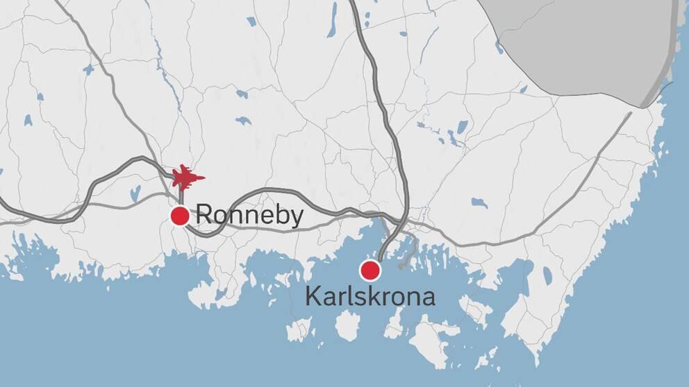 JAS-planet har störtat i höjd med Ronnebys flygplats.