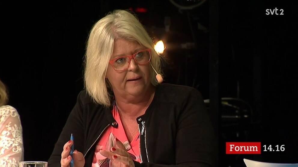 Moderaternas Camilla Waltersson-Grönwall lyfte flera gånger partiets krav på att återinföra den s k kö-miljarden.  – Det fungerade tidigare, det kommer att fungera igen, menade hon.