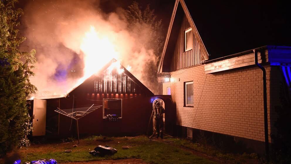 Brand i garage i Tollarp