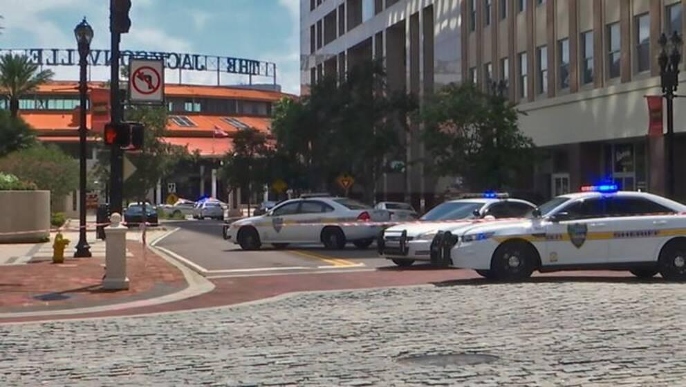 Skottdåd i Florida – flera dödade