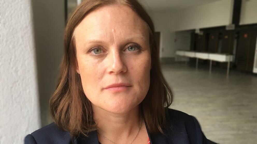 """""""När vi kommer till makten ska socialdemokrater förintas"""". Härnösandspolitikern Sara Nylund (S), toppnamn i regionvalet, chockades av mannens hot. Händelsen är nu polisanmäld."""
