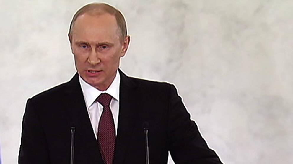 Rysslands president Vladimir Putin höll tal i samband med att han undertecknade ett avtal om att Krim ska bli ryskt.