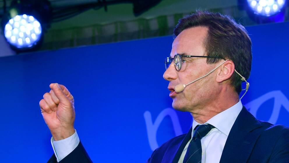"""""""Den här regeringen har gjort sitt. Den borde aldrig ha tillträtt, nu ska den avgå"""", säger Ulf Kristersson och kräver att statsminister Stefan Löfven avgår efter valet."""