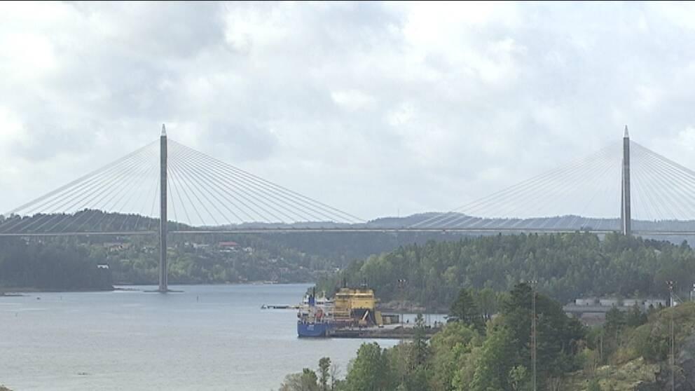 Utsikt från Stadshuset i Uddevalla mot Uddevallabron