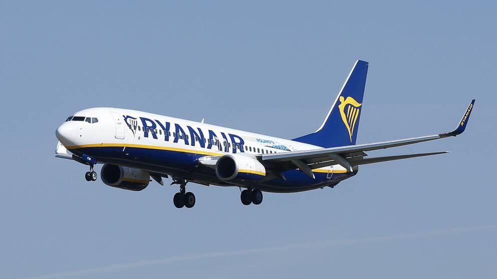 Bild på ett Ryanair flygplan
