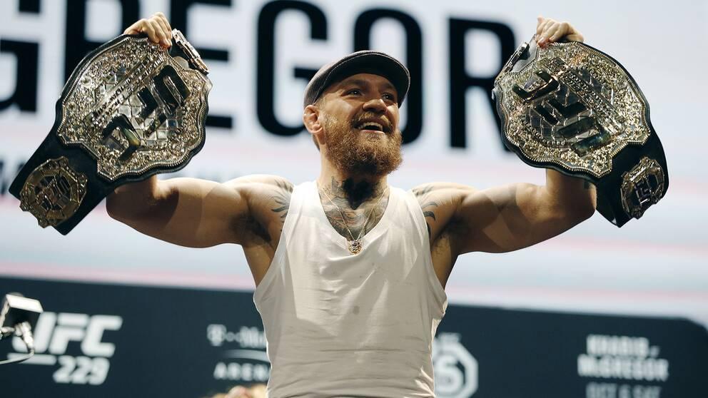 Conor McGregor under torsdagens presskonferens.