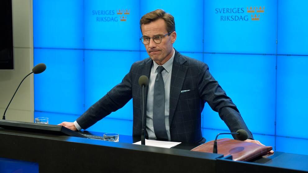 Ulf Kristersson öppnar för en regering utan de andra Allianspartierna.