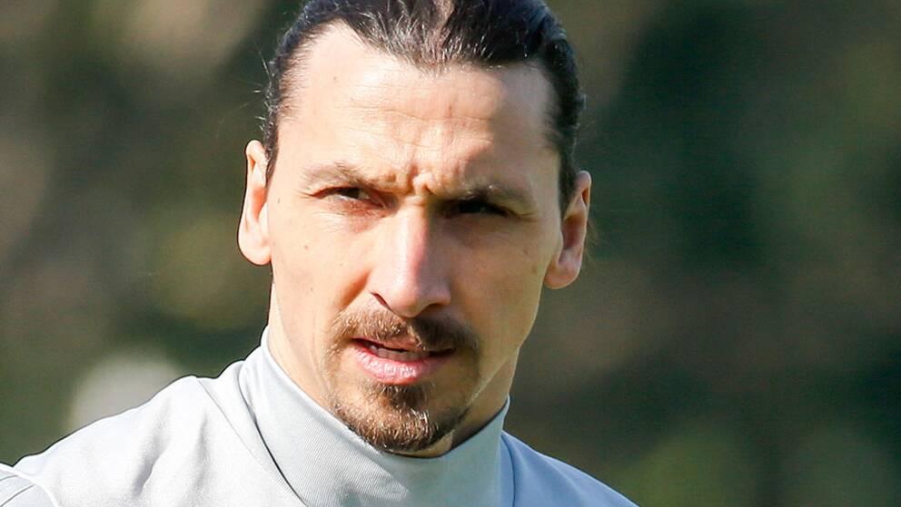 Zlatan kvar i italien