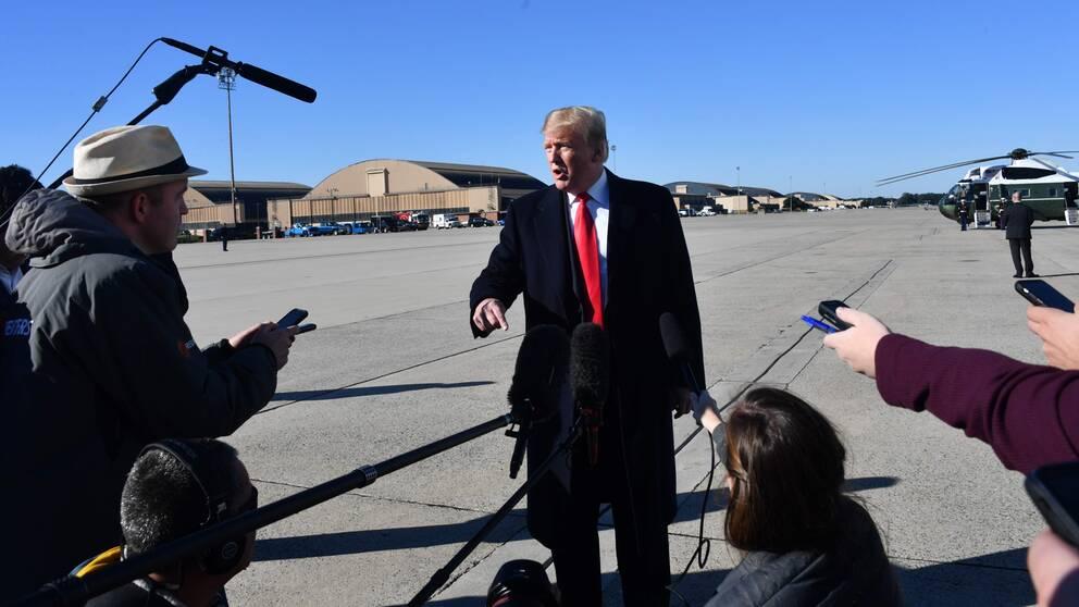 """""""Det ser verkligen ut så"""", svarade Donald Trump på en direkt fråga från journalisterna om han tror att Jamal Khashoggi är död. Han talade med journalisterna precis innan han skulle stiga på Air Force One på torsdagskvällen svensk tid."""