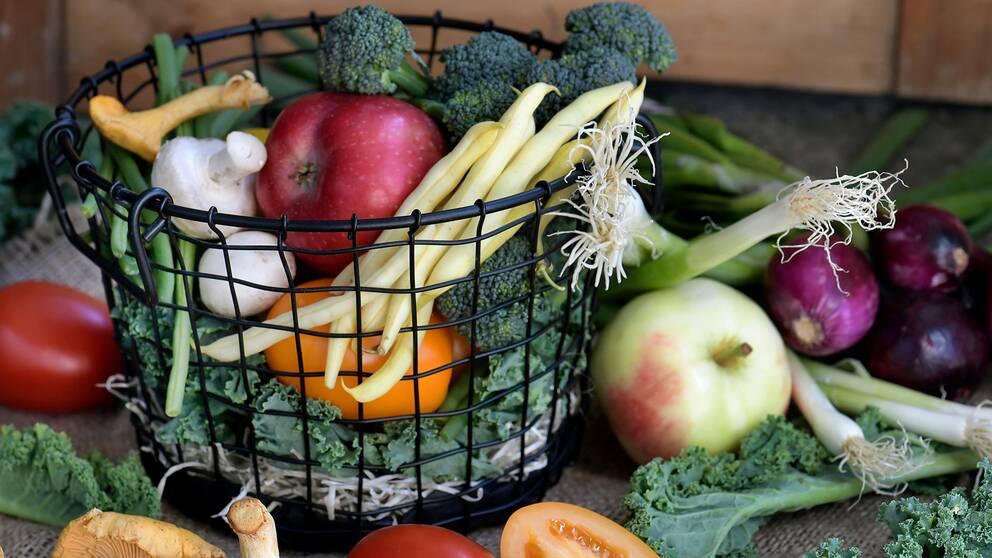 Grönsaker, frukt och svamp