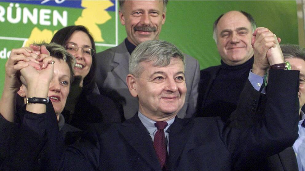 Joschka Fischer var utrikesminister 1998-2005. Bilden är från 2002 då han utsågs till partiets toppkandidat.