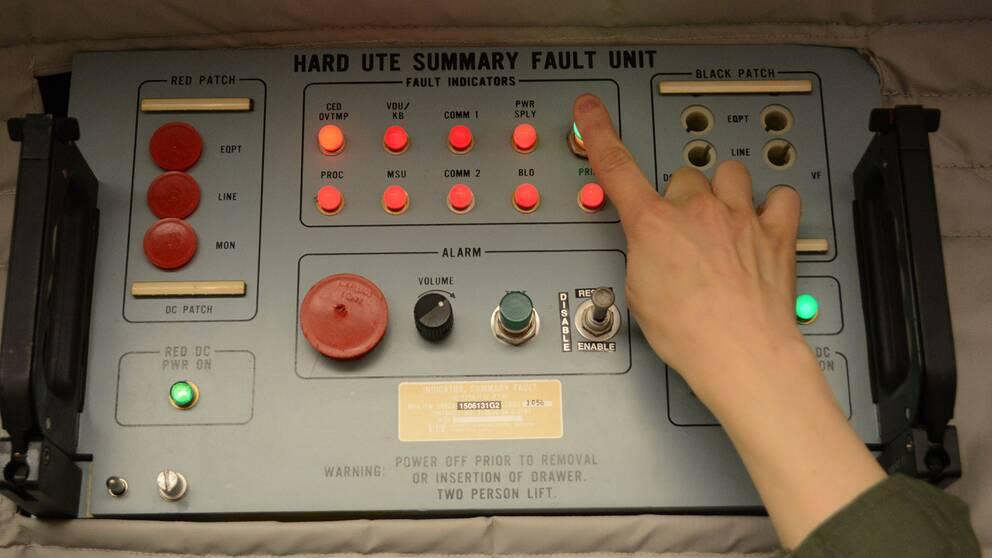 En kontrollpanel i kontrollrummet