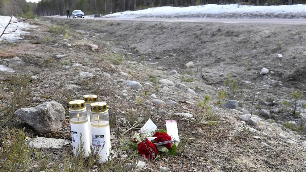 Tre ungdomar dog i bussolyckan.