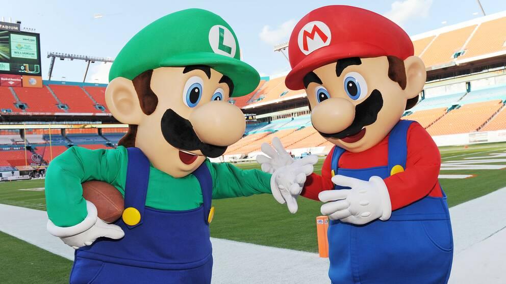 TV-spelsfigurerna Mario and Luigi.