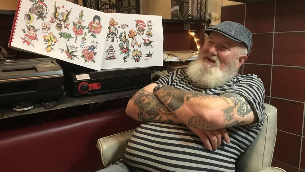 """Anders """"Tattoo-Andy"""" Larsson är 59 år och kommer från Oskarström."""