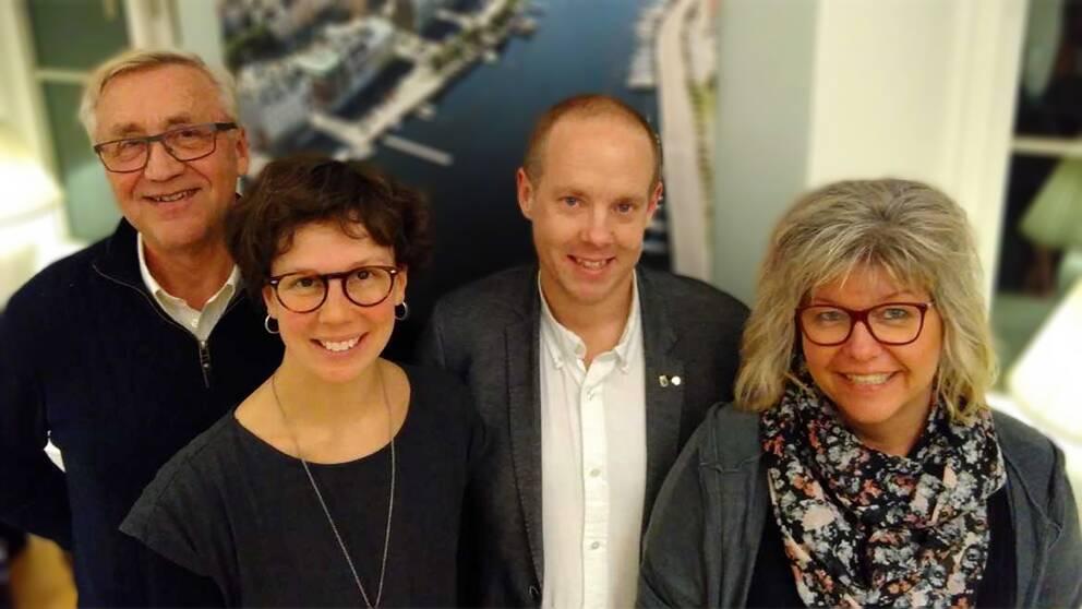 Kvartetten som ska styra Härnösand de närmaste fyra åren: Ingemar Wiklander, (KD), Knapp Britta Thyr (MP), Andreas Sjölander (S) samt Ingrid Nilsson (V).