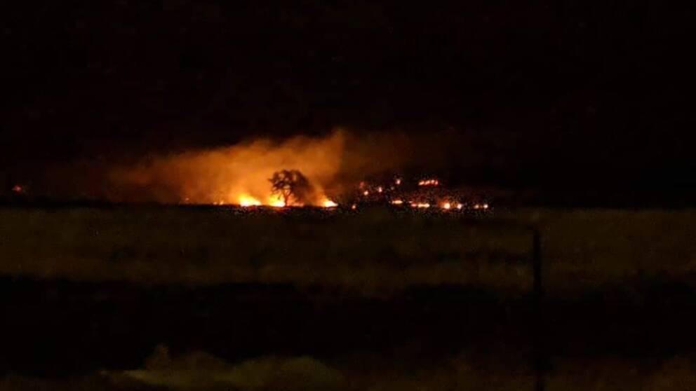 Elvert Richardson, boende i Chico i Kalifornien, har fotat branden som härjar i utkanten av staden.